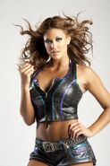 Eve-Torres-Height-and-Weight-Bra-Size-Body-Measurements