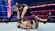 October 12, 2015 Monday Night RAW.44