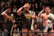 DDT-6man-Monster Army1