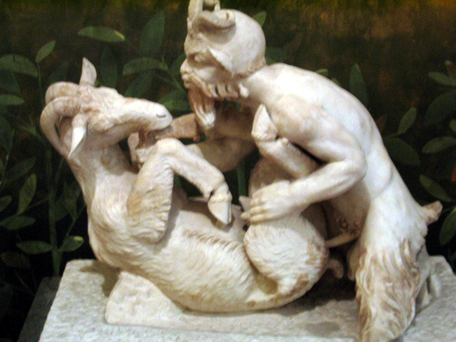 Эротика африканки скульптура