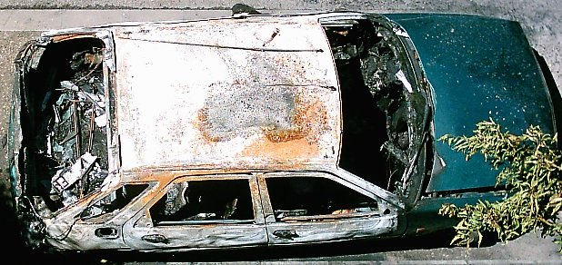 File:Burnt car.JPG