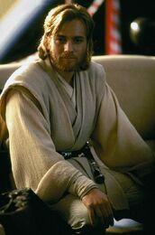 Obi-Wan-Kenobi-obi-wan-kenobi-29218145-618-935.jpg