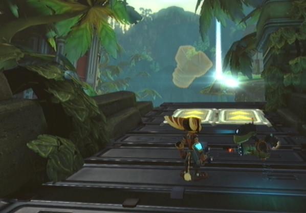 File:Hidden City of Balkai gold bolt 4.jpg