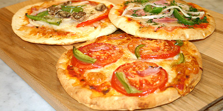 File:Ameron's Peta Pizza.jpg