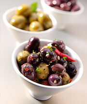 Foodshot olives 2