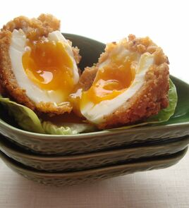 Vegetarian Scotch egg 3