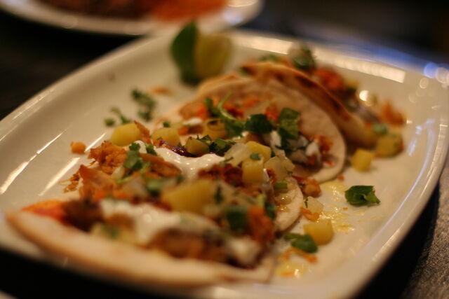 File:Chicken+tacos-7277.jpg