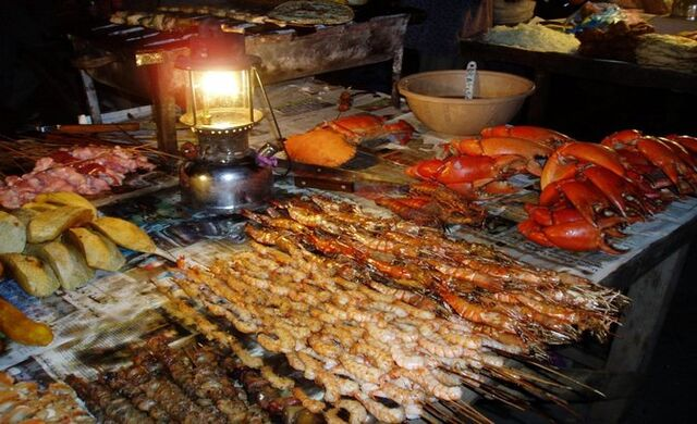 File:Rsz tanzania zanzibar night food market 003-1024x768.jpg