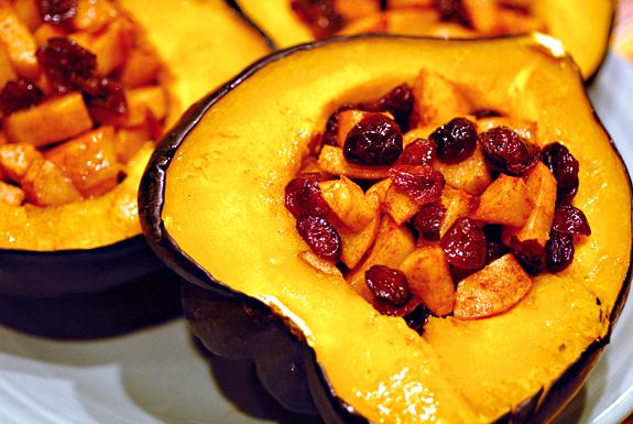 File:Acorn squash with cranberry.jpg