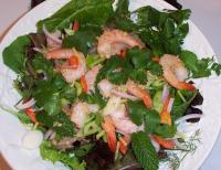 File:Thai Spicy Shrimp Salad (Yaam Goong).jpg