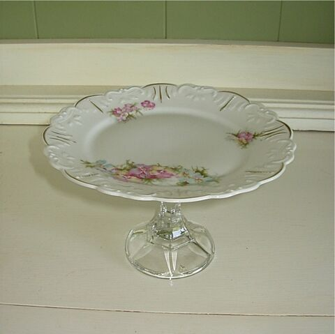 File:Pedestal plate.jpg