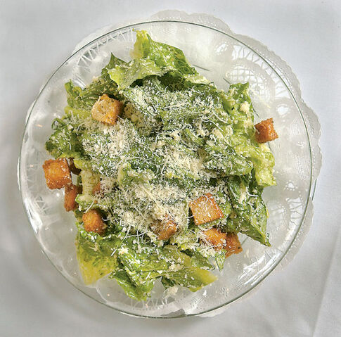 File:Caesar salad.jpg