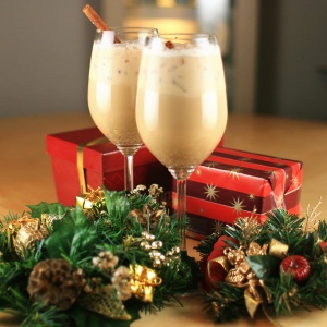 File:Eggnog-coffee.jpg