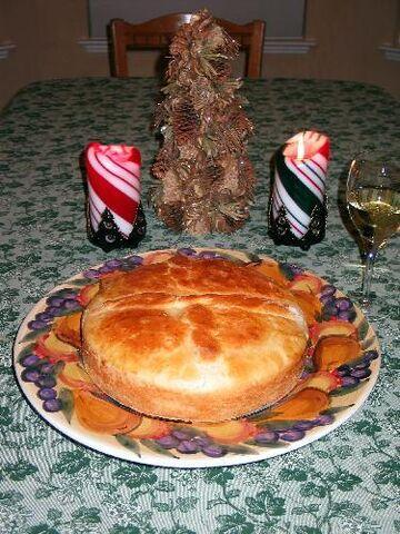 File:Christmas bread - Cesnica.jpg