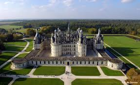 File:Chateau de Chambord1.jpg