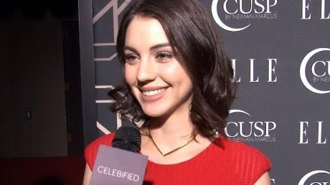 "Adelaide Kane on Reign's Final Episodes Babies on the Way? and the King of France is ""Cray!"""