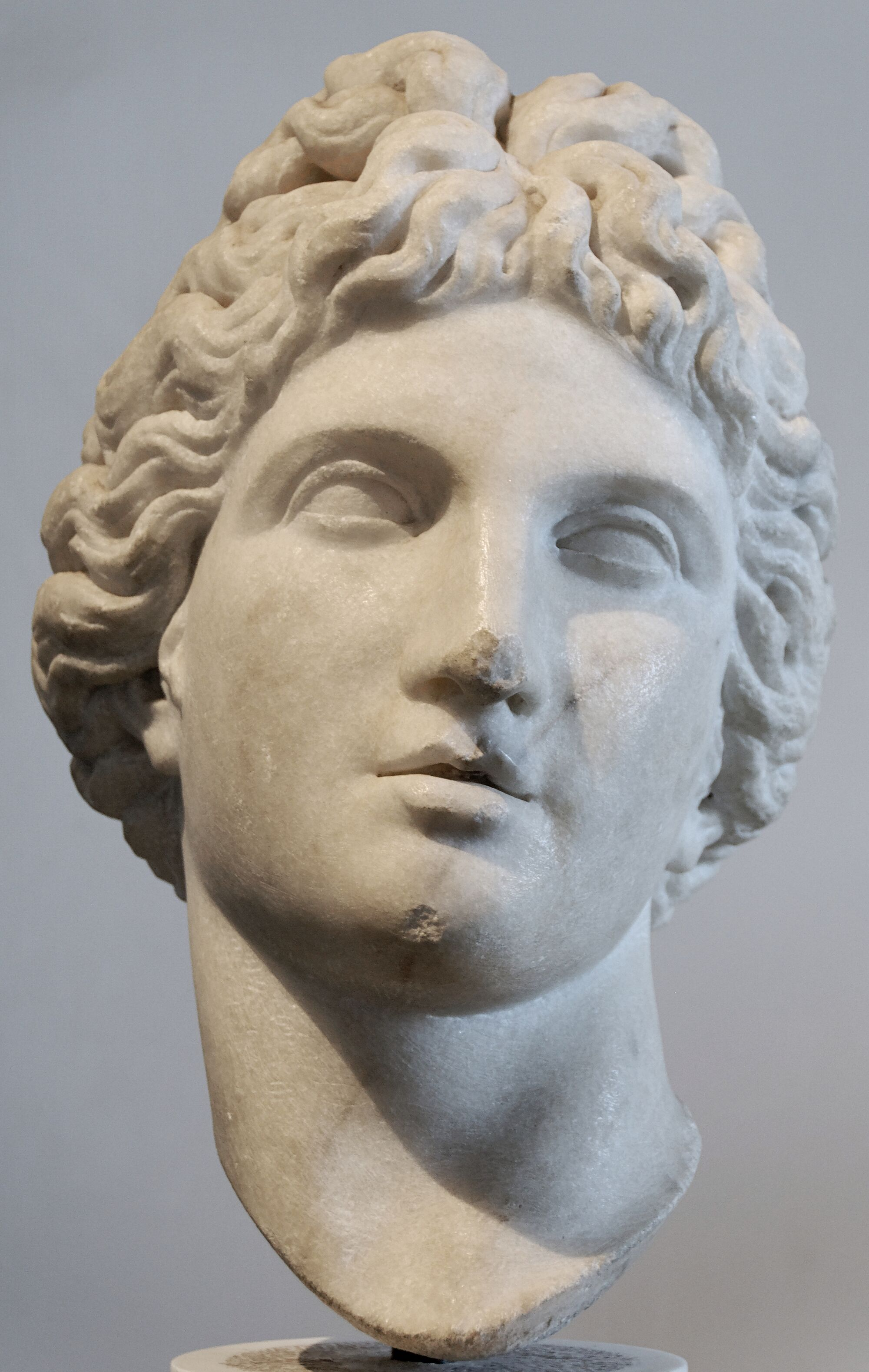 Photos of Apollo statue at Musee du Louvre - Page 480