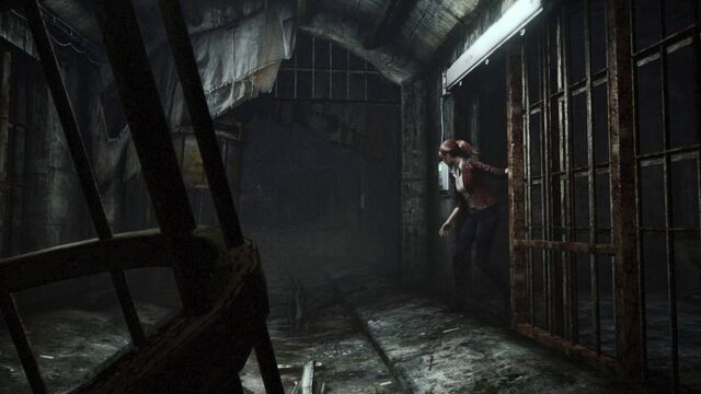File:Revelations 2 wallpaper - Claire looking down hallway.jpg