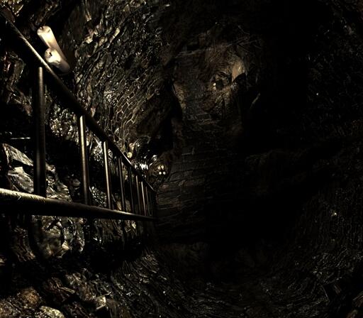 File:Lisa underground room (17).jpg