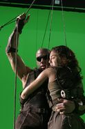 Still-of-vin-diefsel-and-alexa-davalos-in-the-chronicles-of-riddick-(2004)-large-picture
