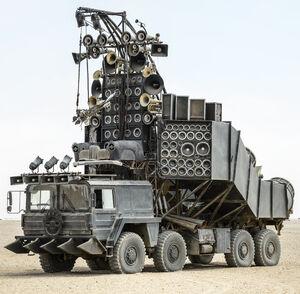 Fury Road Doof Wagon 001