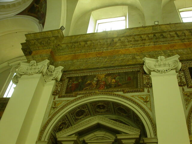 File:2011 Ambrogio, second right altar over.jpg