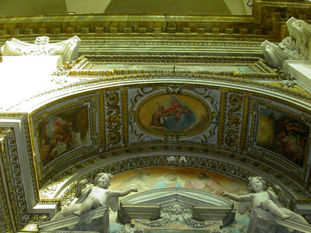 File:2011 Ambrogio, second left altar arch.jpg