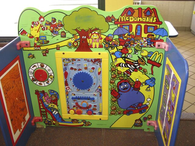 File:McDonald's Playplace 8.jpg