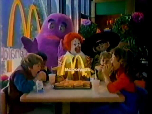 File:Ronald McDonald & Friends 3.jpg