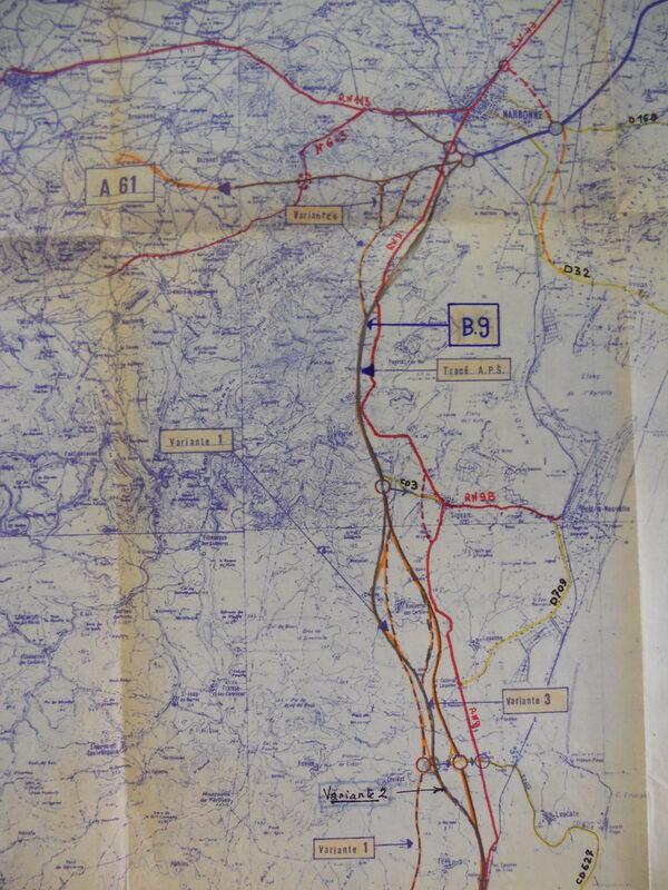 Variantes de l'autoroute B9 dans l'Aude étudiées en juin 1972. (c) G.E.