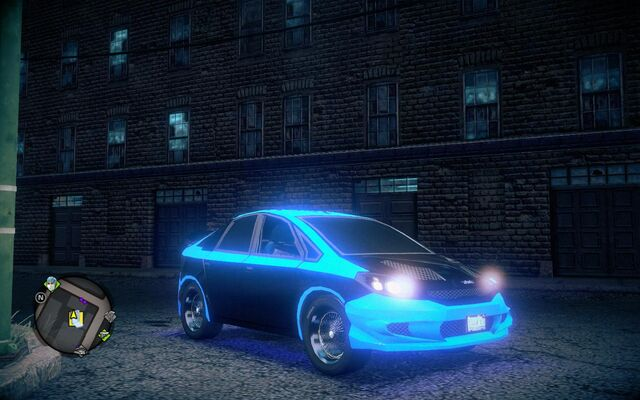 File:Deckers Solar - front right with lights in Saints Row IV.jpg