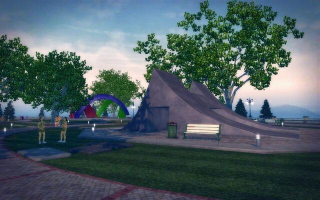 File:Stilwater University - sculpture park.jpg