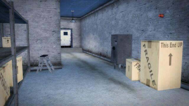 File:Brown Bagger Poseidon Alley interior rear hallway.jpg