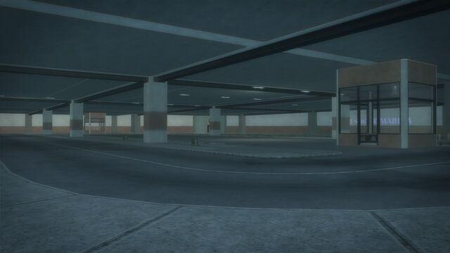 File:Heron Hotel - parking garage view from corner.jpg