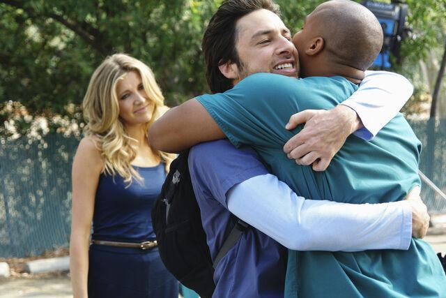 File:8x18 Turk and JD hug.jpg