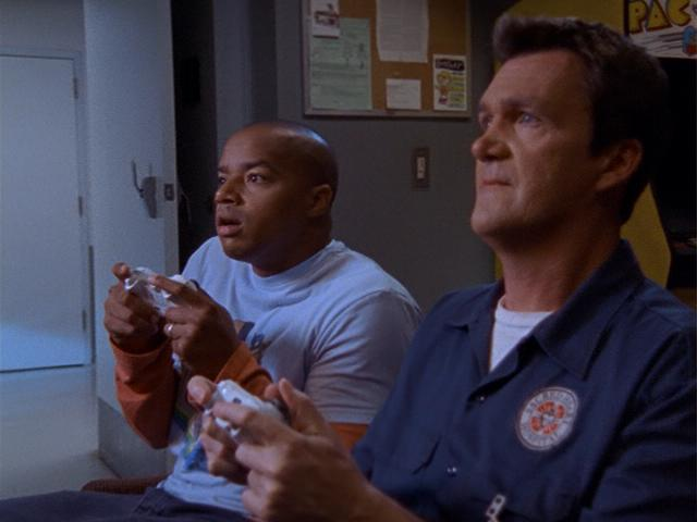 File:7x2 Turk and Janitor play videogames.jpg