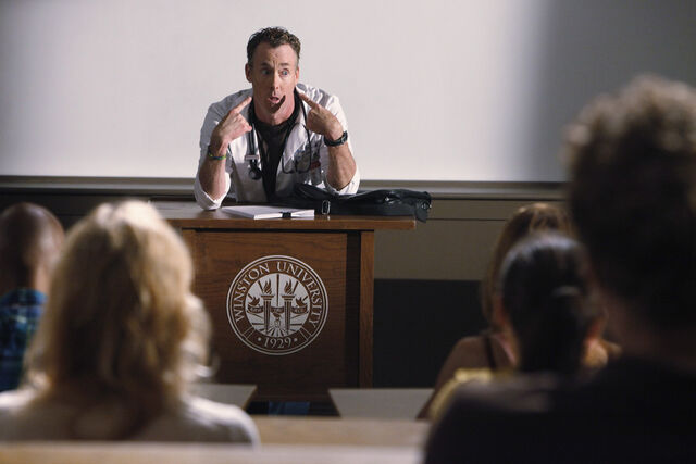 File:9x3 Dr. Cox lecture.jpg