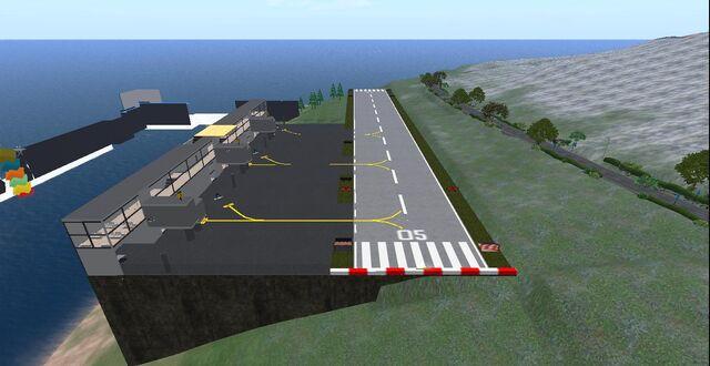 File:Splezta Airport.jpg