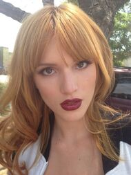 Bella-thorne-dark-red-lipstick