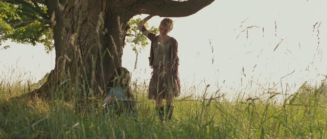 File:Sharon and rose in the meadow.jpg