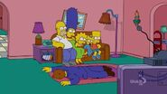 Loan-a Lisa (Couch Gag) 1