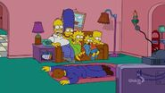 Loan-a Lisa (Couch Gag) 2