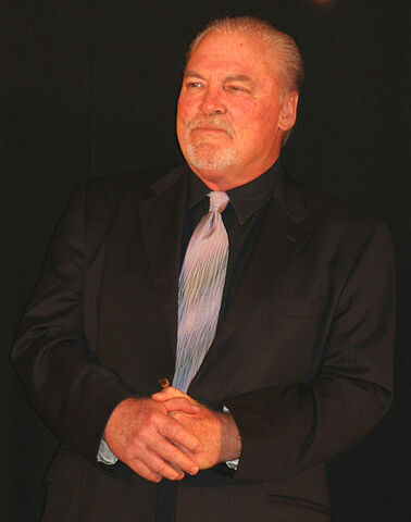 File:StacyKeach.jpg