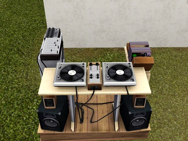 File:Old School DJ Booth.jpg