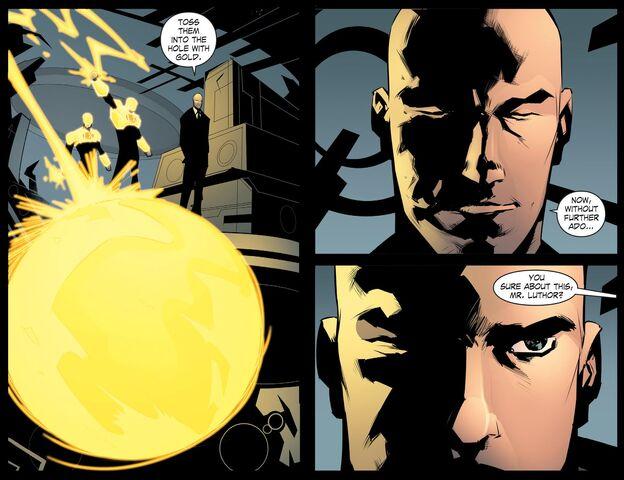 File:Smallville - Chaos 008 (2014) (Digital-Empire)010.jpg