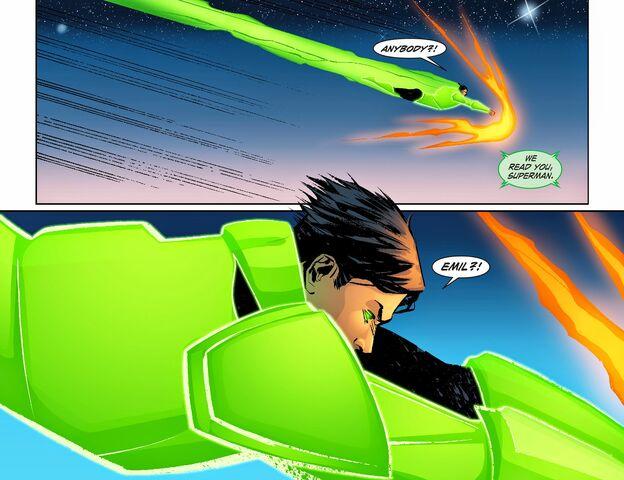 File:Smallville - Lantern 008-011.jpg