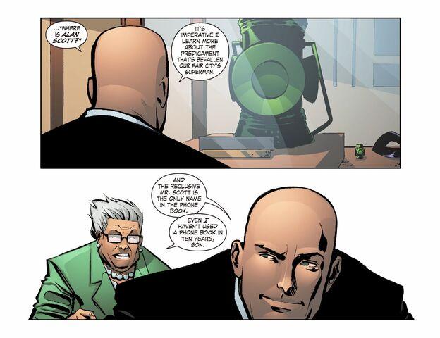 File:Smallville - Lantern 008-007.jpg