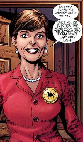 File:Batman Thomas and Martha Wayne EO Martha Wayne Earth-1 001.jpg