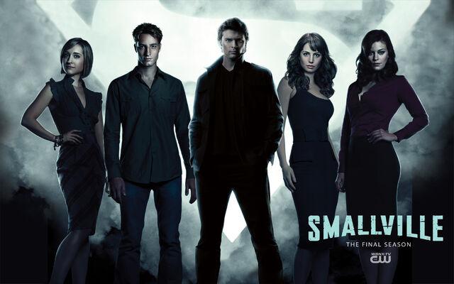 File:Smallville s10 cast.jpg