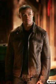 223px-Victor Stone Smallville 001